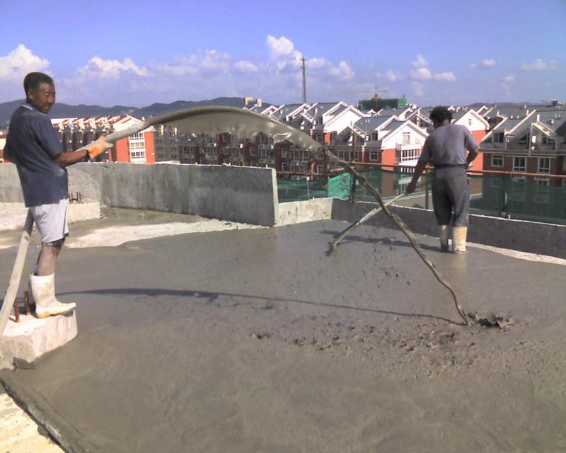 屋面浇注发泡水泥及刮平处理